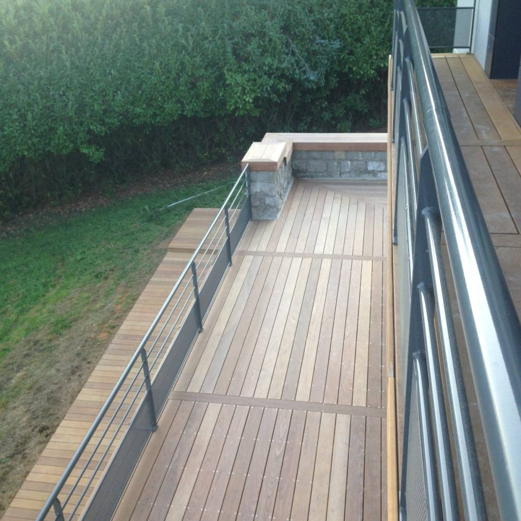 Garde-fou, Terrasse bois exotique
