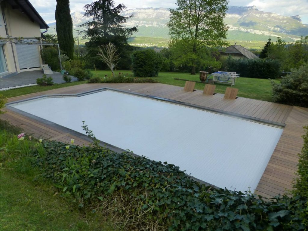 Terrasse piscine bois et habillage